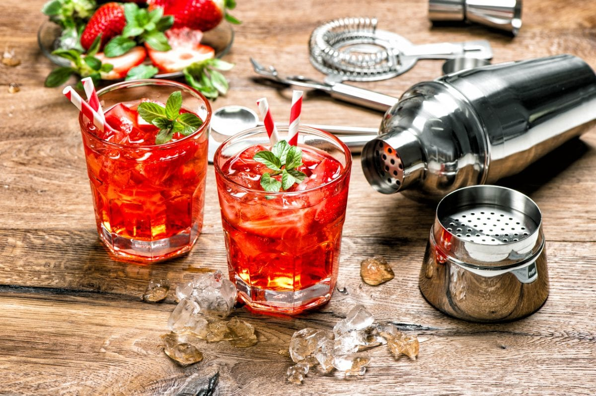 Strawberry-Bellini-recipe - NY rental by owner