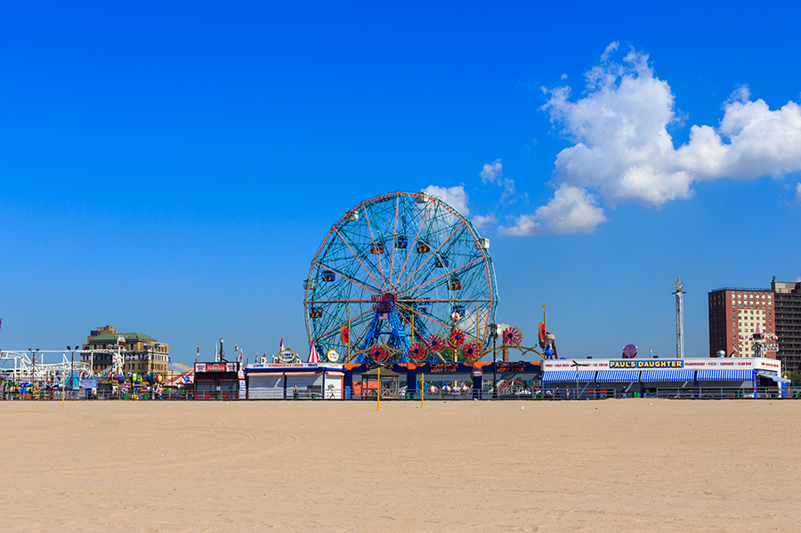 Free Things to Do In NYC on the Weekend - Visit the Beaches