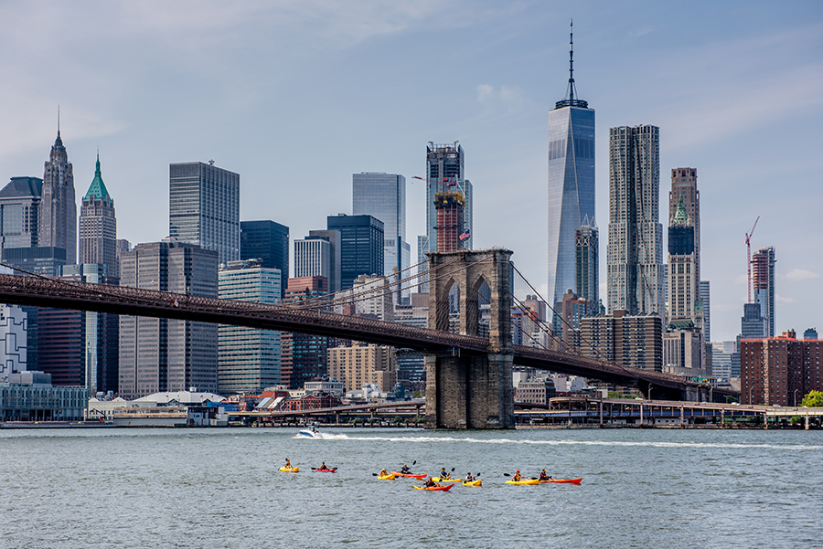free things to do in nyc in the weekend - Kayak with the Brooklyn Bridge Park Boathouse